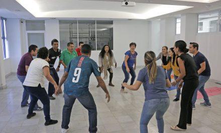 Fomenta UdeC integración de su personal, en Manzanillo