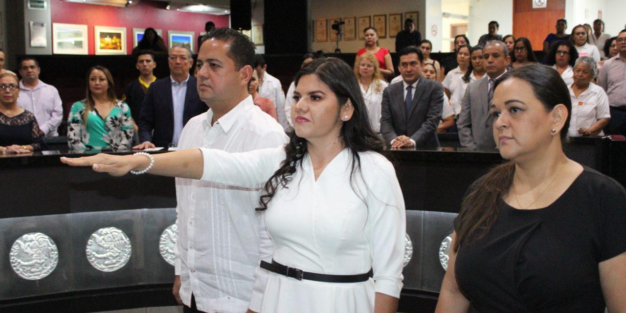 Rinde protesta como diputada propietaria, la suplente de Jazmín García