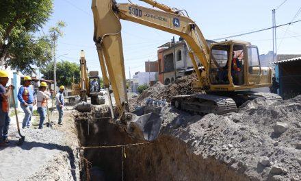Supervisa Gobernador obra que evitará inundación en la glorieta de Los Perritos