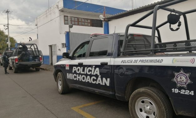 Policía de Michoacán golpea, roba y encarcela a periodistas