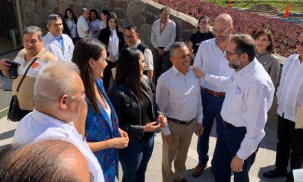 El Senador Joel Padilla testificó la toma de protesta del nuevo delegado del IMSS