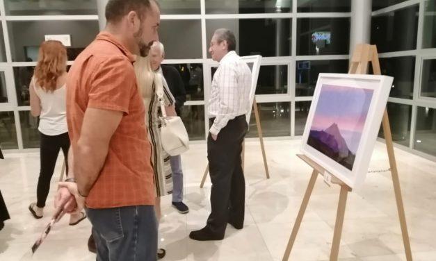 "El fotógrafo colimense Hernando Rivera expone ""Colima entre Cenizas"""