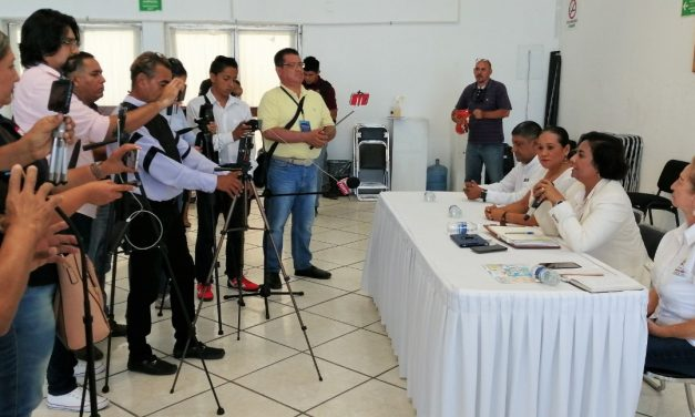 Cancela Ayuntamiento de Manzanillo eventos masivos como medida de contención