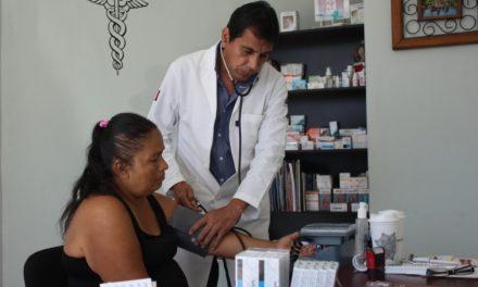 Consultorios médicos, del DIF municipal Colima continúan dando servicio
