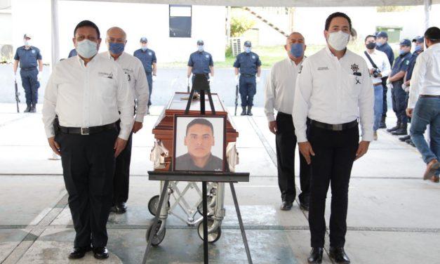 Reconocen a policías estatales que perdieron la vida en una emboscada