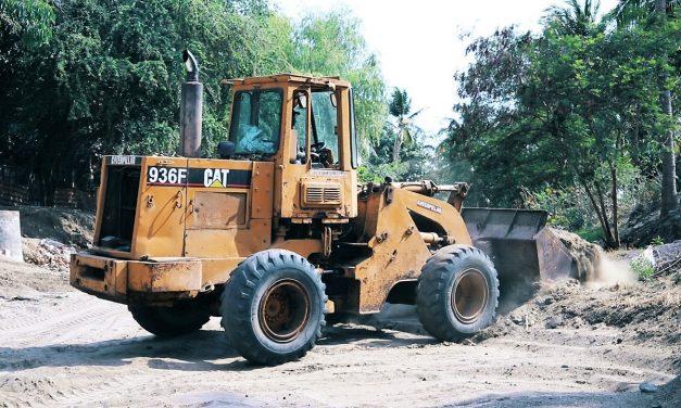 Retira Ayuntamiento de Manzanillo más de 40 toneladas de basura y materiales del arroyo de Miramar