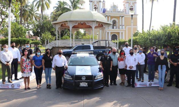 Felipe Cruz Entrega Patrulla Morada, para Protección de las Mujeres, en Villa de Álvarez