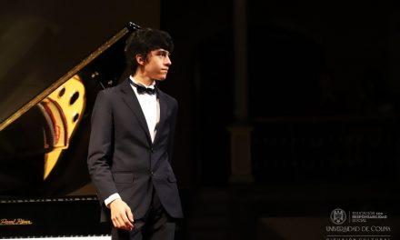 Gana alumno de la UdeC segundo lugar en concurso internacional de piano