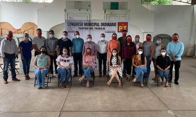 Continúan renovando las dirigencias municipales del PT, ahora fue en Minatitlán