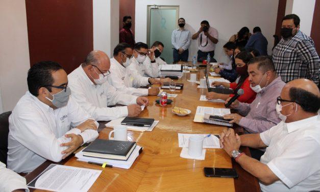 Disgustó a diputados resultado de reunión de trabajo con funcionarios estatales