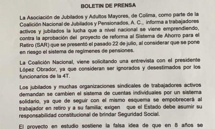 Pensionados y jubilados de Colima se manifiestan en contra de reformas al Sistema de Ahorro: Godina