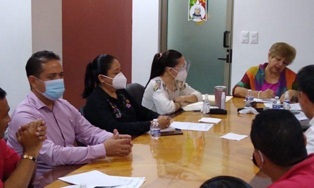 Piden sindicalizados de Manzanillo armonizar la Ley estatal de austeridad con la federal