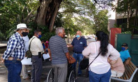 Ex mototaxistas de Cuauhtémoc, acuden al Congreso; exigen sanción para el alcalde, por haberlos afectado