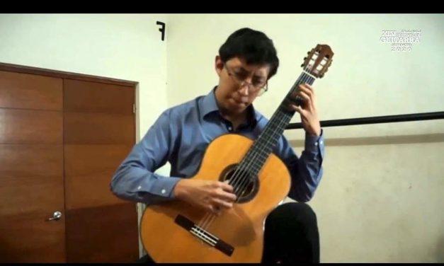 Alumno del IUBA logra tercer lugar en festival de guitarra en Paracho