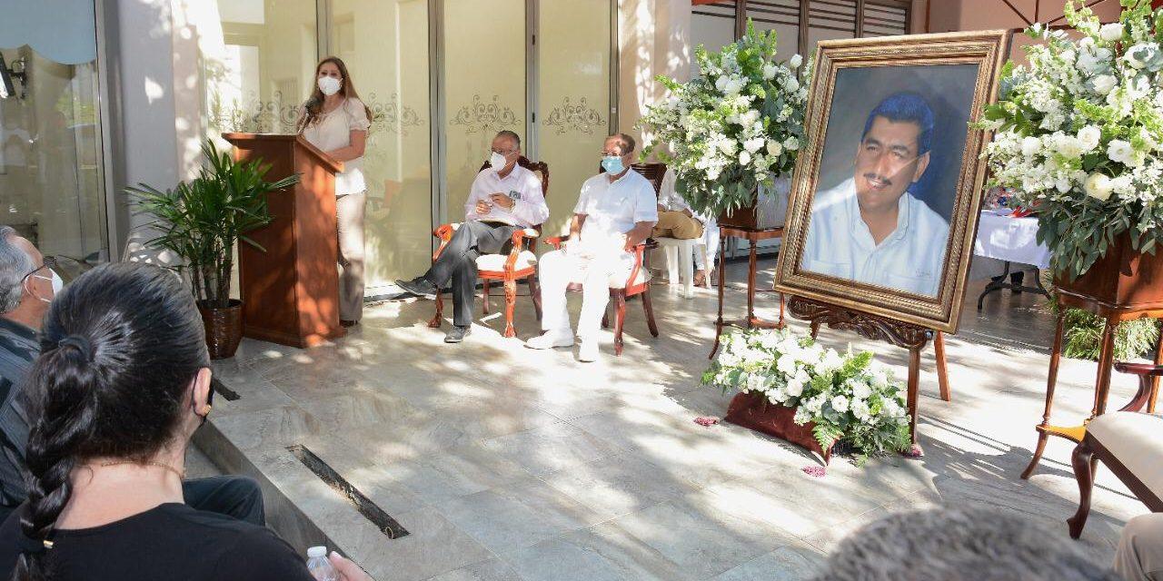 Con emotiva ceremonia recuerdan el décimo aniversario del asesinato del ex gobernador Silverio Cavazos