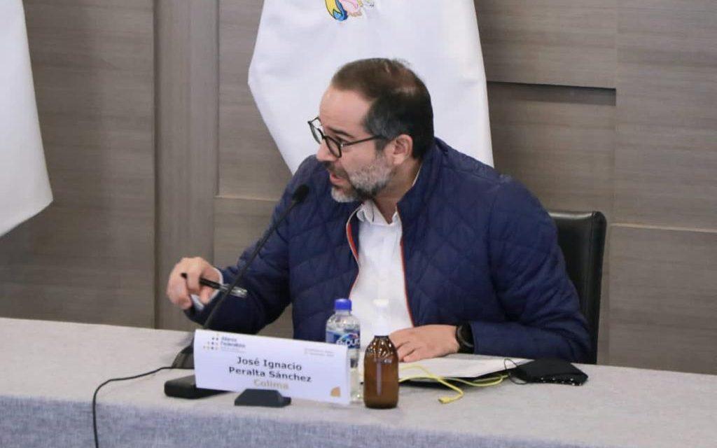 Firma Gobernador Ignacio Peralta controversia Constitucional por desaparición de fideicomisos