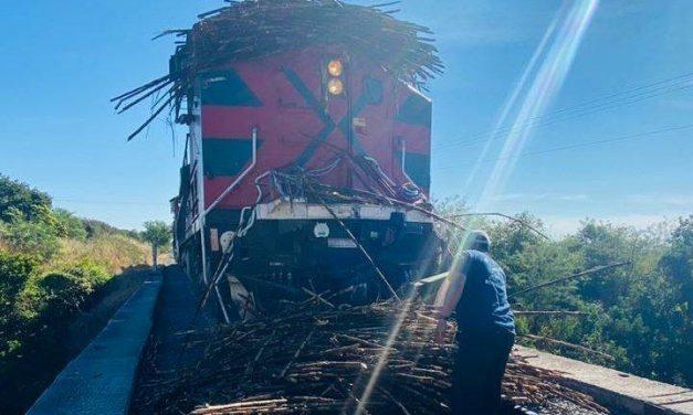 A camión cañero se lo llevó el tren, allá por La estancia