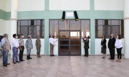 Pondera Gobernador solidaridad del Ejército Mexicano; Develó la placa de la Condecoración Miguel Hidalgo en el Hospital de la Sedena