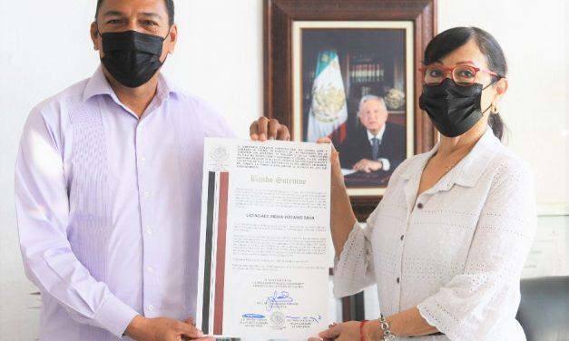 Recibe Manzanillo el Bando Solemne que declara a Indira Vizcaíno, gobernadora