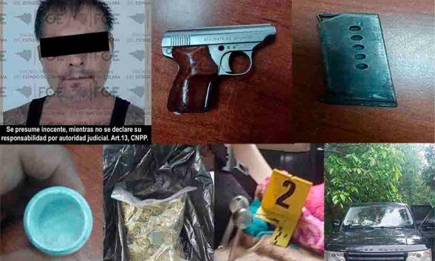FGE detiene en Comala a hombre por portación de arma de fuego y narcóticos; le aseguran un vehículo